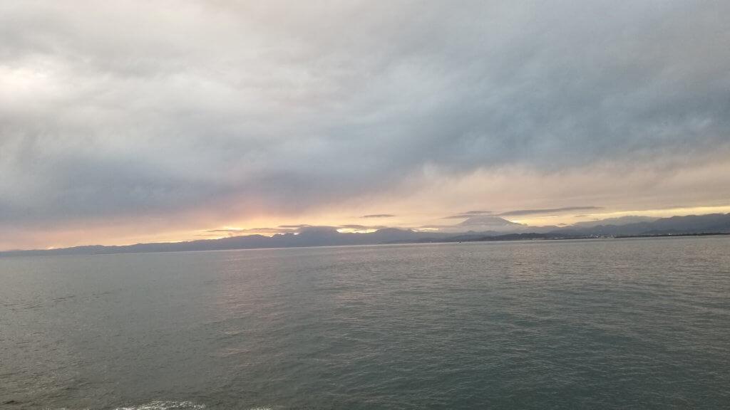 江ノ島の夕焼けと富士山